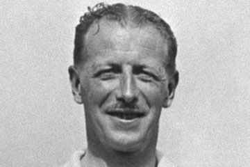 Max Woosnam made his City debut in 1920