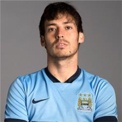 David Silva signs five year contract extension