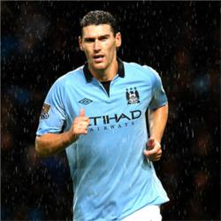 Gareth Barry joins Everton on loan