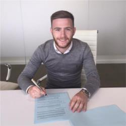 City starlet signs new deal