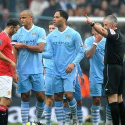 Manchester City 2 Manchester United 3 - match report