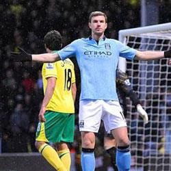 Norwich City 3 Manchester City 4 - match report
