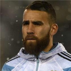Manchester City closing in on £25m deal for Otamendi